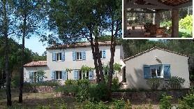 Extérieur de la maison et terrasse