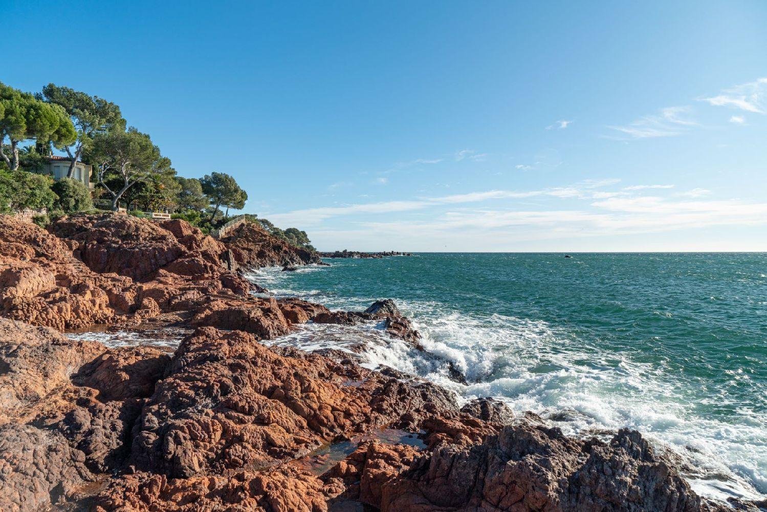 Randonn e le sentier du littoral saint rapha l - Meteo marine port camargue saint raphael ...
