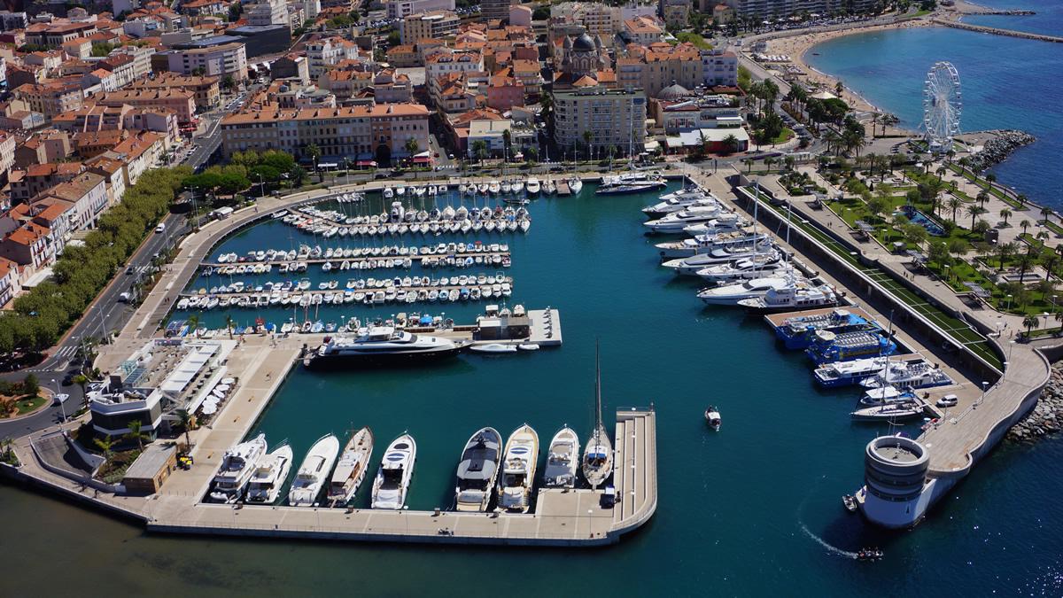 Les ports - Restaurants port santa lucia saint raphael ...